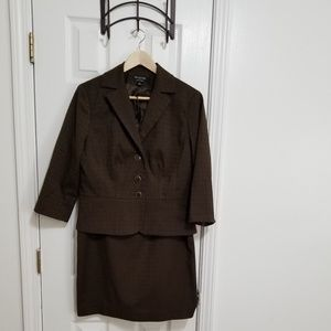 SIignature Skirt Suit